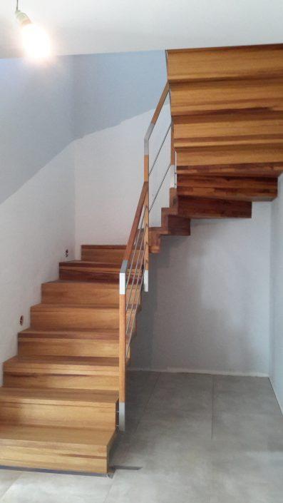 drewniane schody uslugi stolarskie