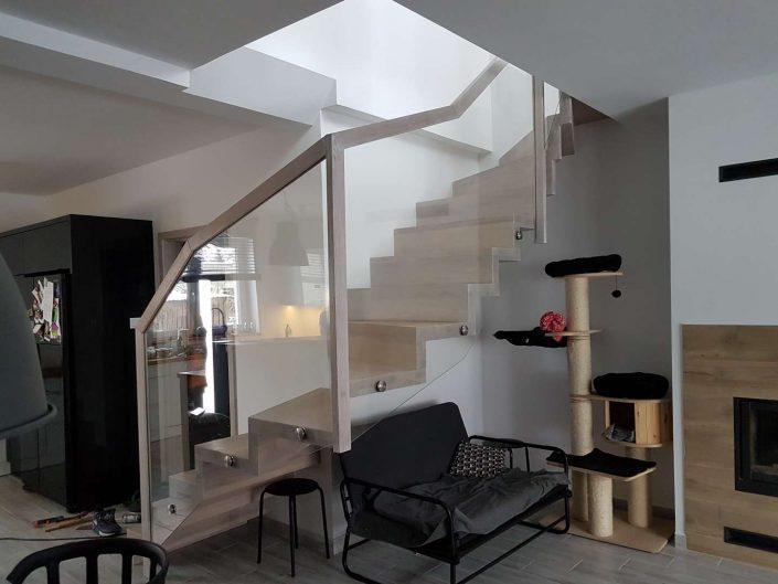 usługi stolarskie schody